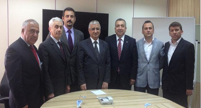 ATO Sigortacılık Meslek Komitesi Üyeleri Hazine Müsteşarlığı Sigortacılık Genel Müdürü Sn.Ahmet GENÇ'i ziyaret etti.